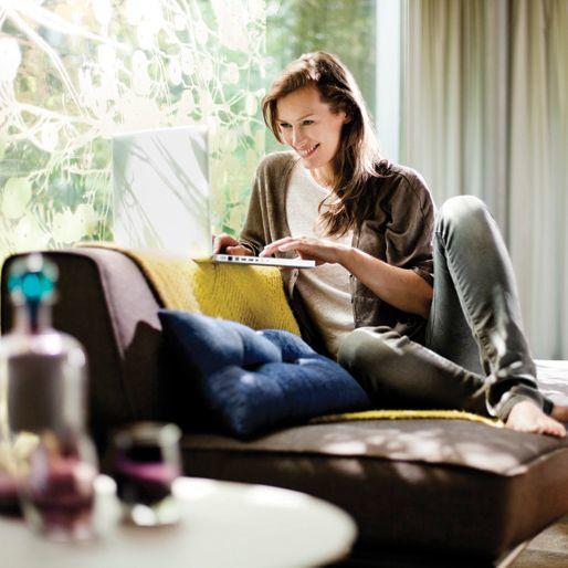 de specialist in philips hue goedkoper met led. Black Bedroom Furniture Sets. Home Design Ideas